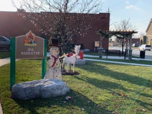 Christmas decorations in Tecumseh BIA Parkette